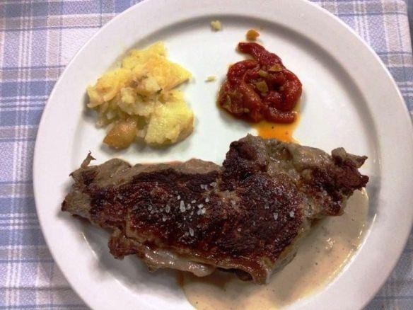 Carnes rojas en Los Cucharones, en Pradillo (la Rioja)